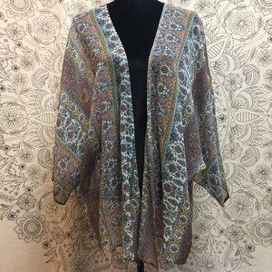 American Eagle Kimono Size M